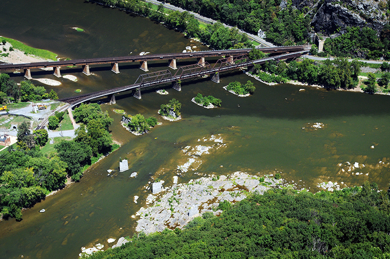Aerial view of the Shenandoah showing an algal outbreak